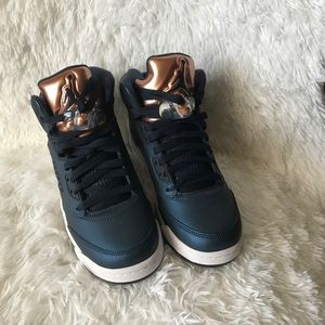 Jordan 5's 6y blue and copper